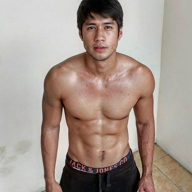 Aljur Abrenica, Jack & Jones underwear